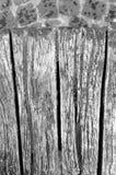Detalhe quebrado do banco de madeira Imagens de Stock