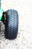 Detalhe a roda grande da escavadora pesada da construção Imagem de Stock