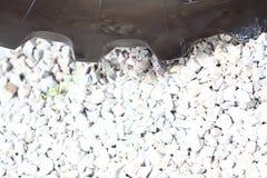 Detalhe a roda grande da escavadora pesada da construção Fotos de Stock Royalty Free