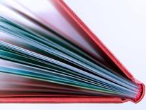 Detalhe vermelho do livro Imagens de Stock Royalty Free