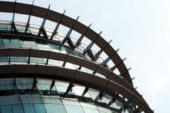 Detalhes altas tecnologia do edifício Fotos de Stock Royalty Free