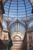 Detalhes archirectural interiores de Umberto mim galeria em Nápoles, Itália Foto de Stock