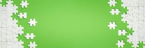 Detalhes brancos de enigma no fundo verde ilustração stock