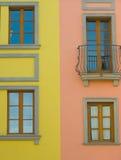 Detalhes coloridos dos townhouses Imagens de Stock Royalty Free