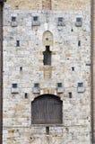 Detalhes com a porta da arquitetura medieval Imagens de Stock Royalty Free