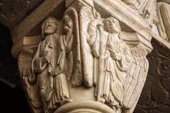 Detalhes da catedral portal ocidental de Trophime de Saint em Arles, França Bouches-du-Rhone, fotografia de stock royalty free