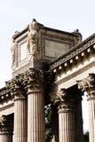 Detalhes das colunas de San Francisco Palace Of Fine Arts fotos de stock