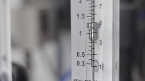 Detalhes de close-up do sistema da purificação de água filme