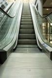 Detalhes de escada rolante imagem de stock royalty free