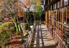 Detalhes de santuário xintoísmo em Kyoto, Japão Fotografia de Stock Royalty Free