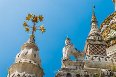 Detalhes de stupa no templo de Wat Saen Fang em Chiang Mai, Tailândia Foto de Stock Royalty Free