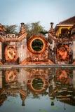 Detalhes de templo Chua Ba Mu da mãe em Hoi An, Vietname imagens de stock royalty free