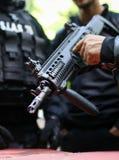 Detalhes de um SIAS romeno o serviço para a ação especial da polícia romena, equivalente do GOLPE no oficial dos E.U. que guarda  imagem de stock royalty free