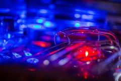 Detalhes de uma tampa brilhante e colorida de Arcade Game Board do pinball fotografia de stock