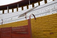 Detalhes do interior da praça de touros de Guadalajara, Espanha imagens de stock