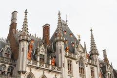 Detalhes do telhado de palácio provincial, Bruges Imagem de Stock