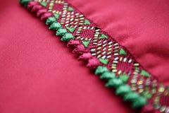 Detalhes feitos a mão marroquinos do bordado do Kaftan Foto de Stock Royalty Free