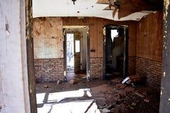 Detalhes interiores de uma casa abandonada velha Fotografia de Stock Royalty Free