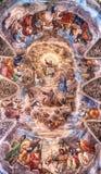 Detalj av affrescoen på basilikadeien Santi Ambrogio e Carlo al Corso Royaltyfria Bilder