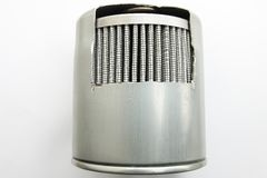 Detalj av bränslefiltret för motorbil arkivbilder