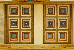 Detalj av byggnad av den moderna akademin av Aten Arkivfoton