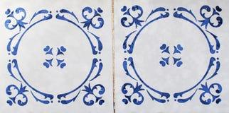 Detalj av de traditionella tegelplattorna från fasad av det gamla huset dekorativa tegelplattor Valencian traditionella tegelplat Fotografering för Bildbyråer