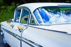 Detalj av den amerikanska bilen för tappning i Kuba Royaltyfri Foto