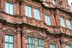 Detalj av den dekorativa fasaden av hotellet Ritter arkivbild
