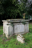 Detalj av den gamla gravstenen Fotografering för Bildbyråer