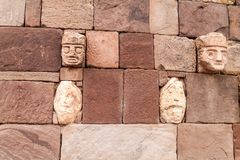 Detalj av den Kalasasaya strukturen på Tiwanaku royaltyfri bild