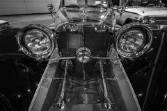 Detalj av den lyxiga bilen Mercedes-Benz 500 Cabrio Kopia, 1934 Royaltyfria Foton