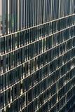 Detalj av den moderna arkitekturkontorsbyggnadfasaden Arkivfoton