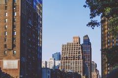 Detalj av den 1st avenyn i midtownen som är östlig i Manhattan precis after Royaltyfri Fotografi