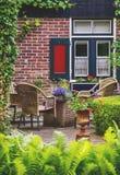 Detalj av den typiska holländska sommarterrassen Fotografering för Bildbyråer
