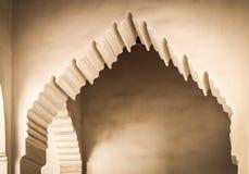 Detalj av den typiska maroccan dörröppningen Arkivbild