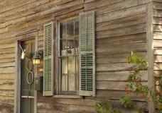 Detalj av det koloniala huset i Florida royaltyfri foto