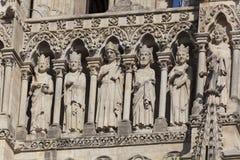 Detalj av domkyrkan av Amiens arkivbilder