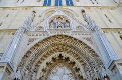 Detalj av domkyrkan i Zagreb, Kroatien arkivfoto