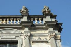 Detalj av en byggnad i Bruges, Belgien royaltyfri foto