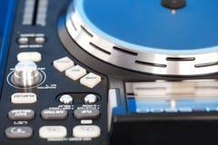 Detalj av en DJ-turntable Royaltyfria Bilder