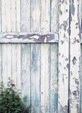 Detalj av en gammal ladugårddörr Royaltyfri Bild