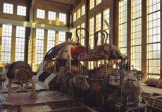 Detalj av en gammal rostig maskin, fabrik arkivbild