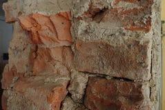 Detalj av en gammal tegelstenvägg arkivbild