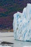 Detalj av en glaciär av Peritoen Moreno Glacier arenaceous Landskap Royaltyfri Bild