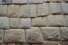 Detalj av en Incavägg i den Cuzco staden, Peru royaltyfri foto