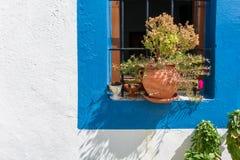 Detalj av en liten kyrka i den Lipsi ön, Dodecanese, Grekland fotografering för bildbyråer