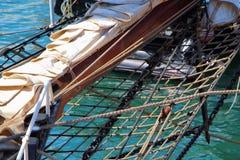 Detalj av en mast av en segelbåt Royaltyfri Foto