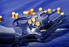 Detalj av en revolver royaltyfria bilder