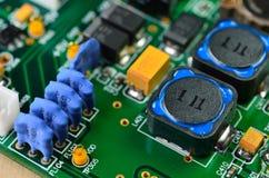 Detalj av ett elektroniskt bräde för utskrivaven strömkrets Royaltyfri Bild
