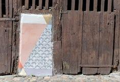 Detalj av ett korsvirkes- hus arkivfoto